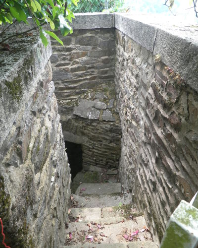 Escalier avant restauration